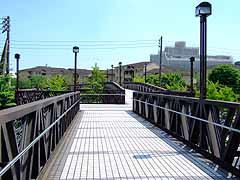 「歩道橋 神奈川県横浜市金沢区並木3丁目2番」の画像検索結果